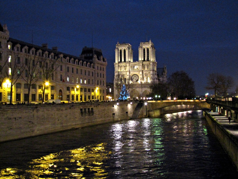 Notre Dame On Christmas Eve – Myths and Legends – Children Of Light