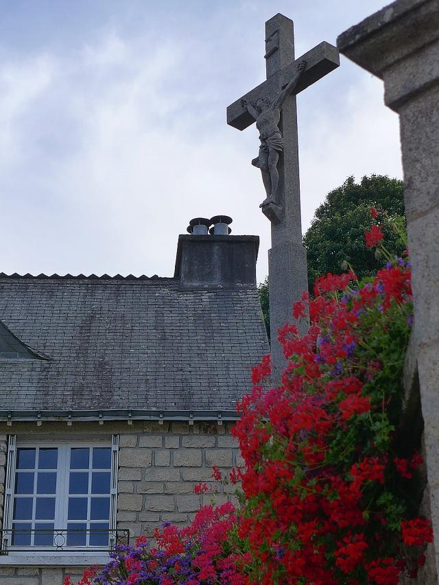 Rochefort en terre the village of flowers